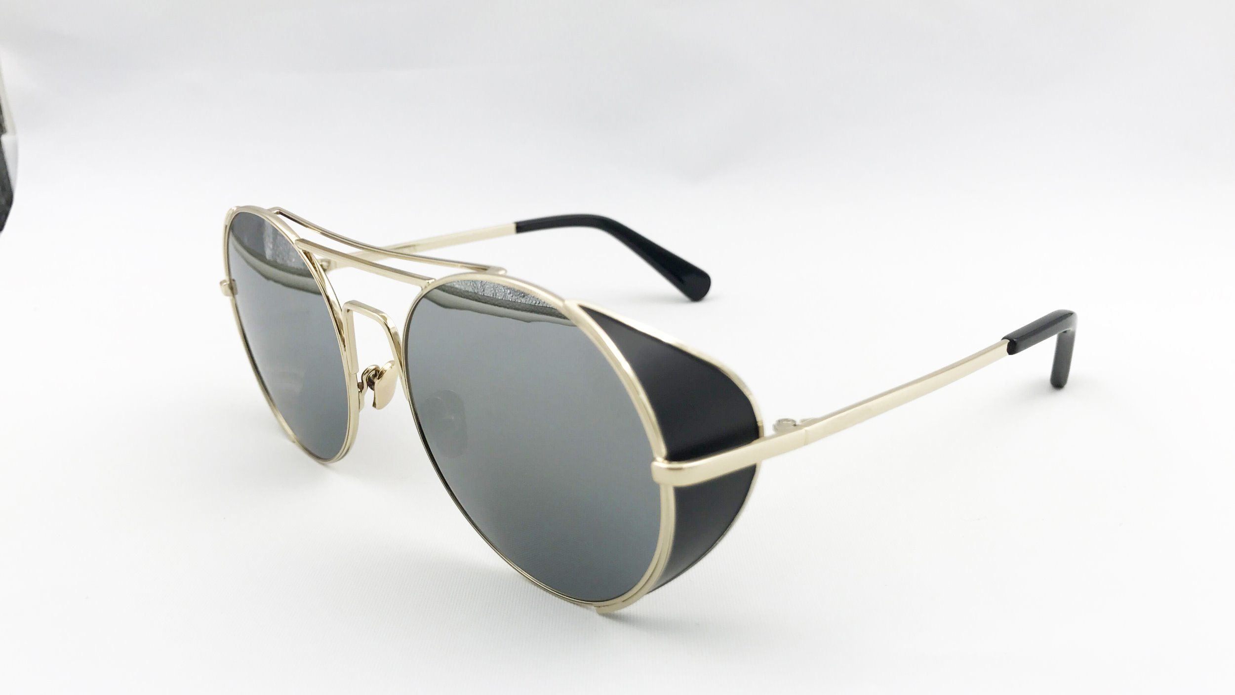 Unique Metal Sunglasses for Man and Lady. Eh1609