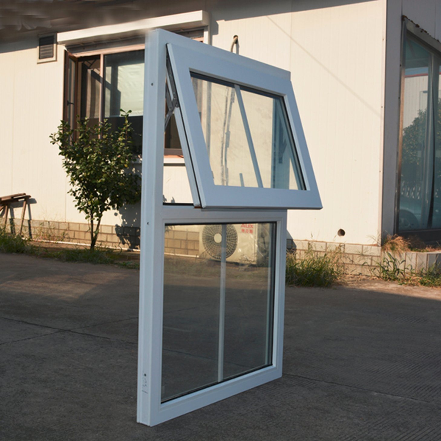 White Colour UPVC Profile Awning Window Double Glass with Grid K02065