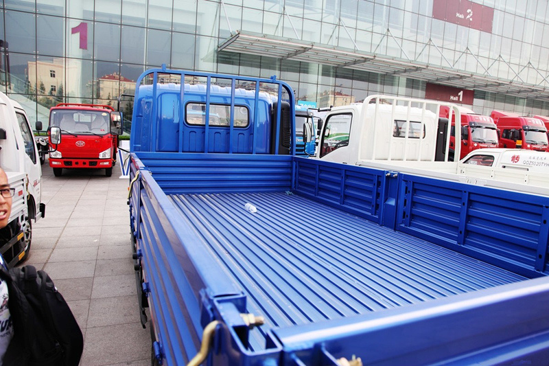 HOWO 4X2 King of 10ton Light Duty Cargo Trucks