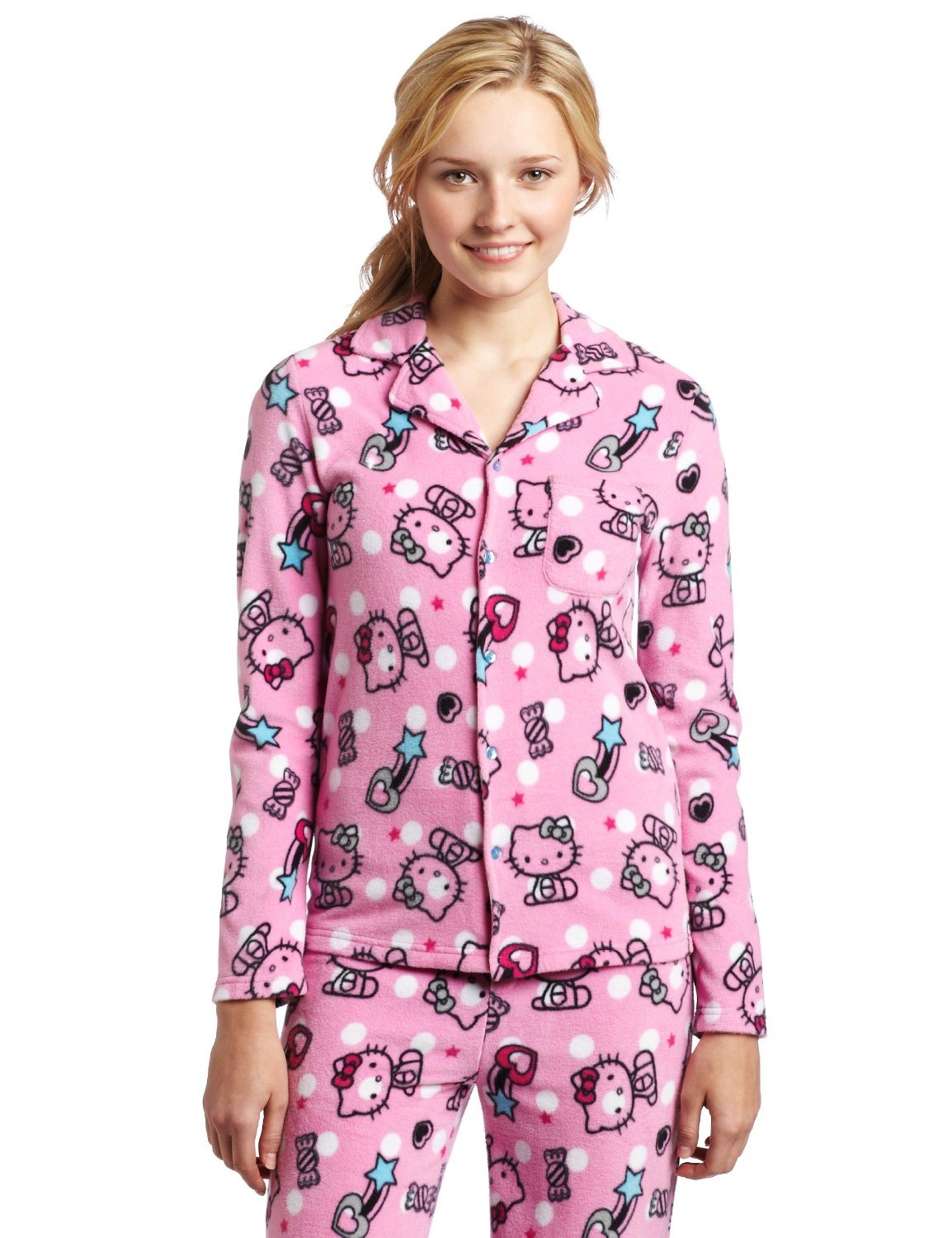Pajamas should be comfortable to wear throughout the year, but many pajamas are strictly seasonal; silk sets tend to do better in the summer months, while flannel is a winter weight fabric. The compromise is cotton, which regulates body heat better than other pajama cloths.