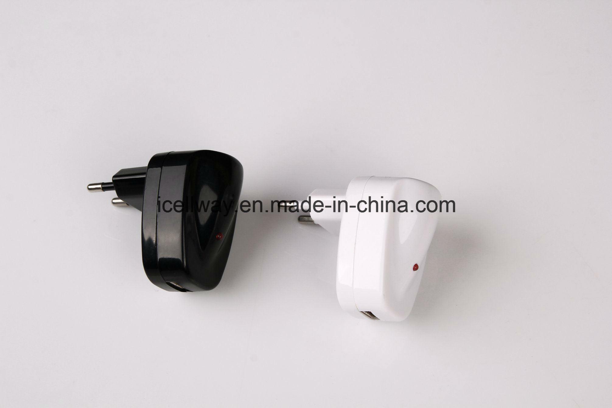 Fashion 5V 1A Universal Portable USB Travel Charger