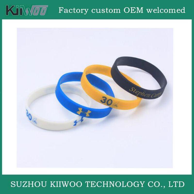 China Manufacture Customized Design Silicone Rubber Wristband