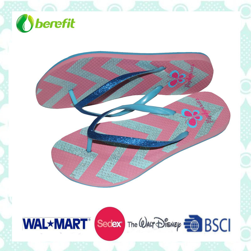 Cutting Craft on The Sole, Women′s Slippers