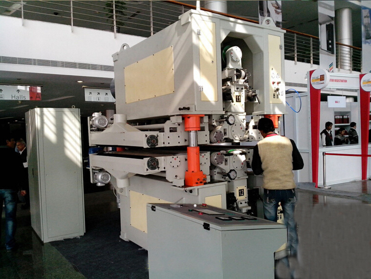 Short Cycle Wood Hydraulic Hot Press Machine for Plywood and Veneer