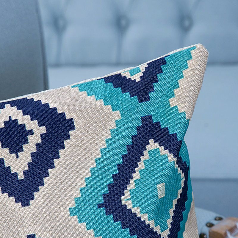 Digital Print Decorative Cushion/Pillow with Ikat Geometric Pattern (MX-22)