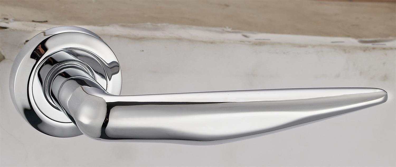 Hot Zinc Alloy Door Lock Handle (Z0-551229CP)