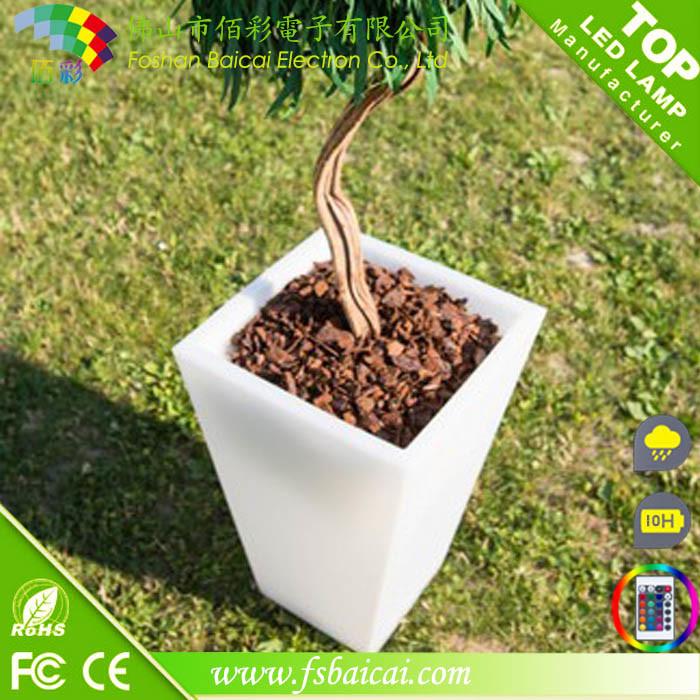 LED Garden Flower Pot with Plastic Material