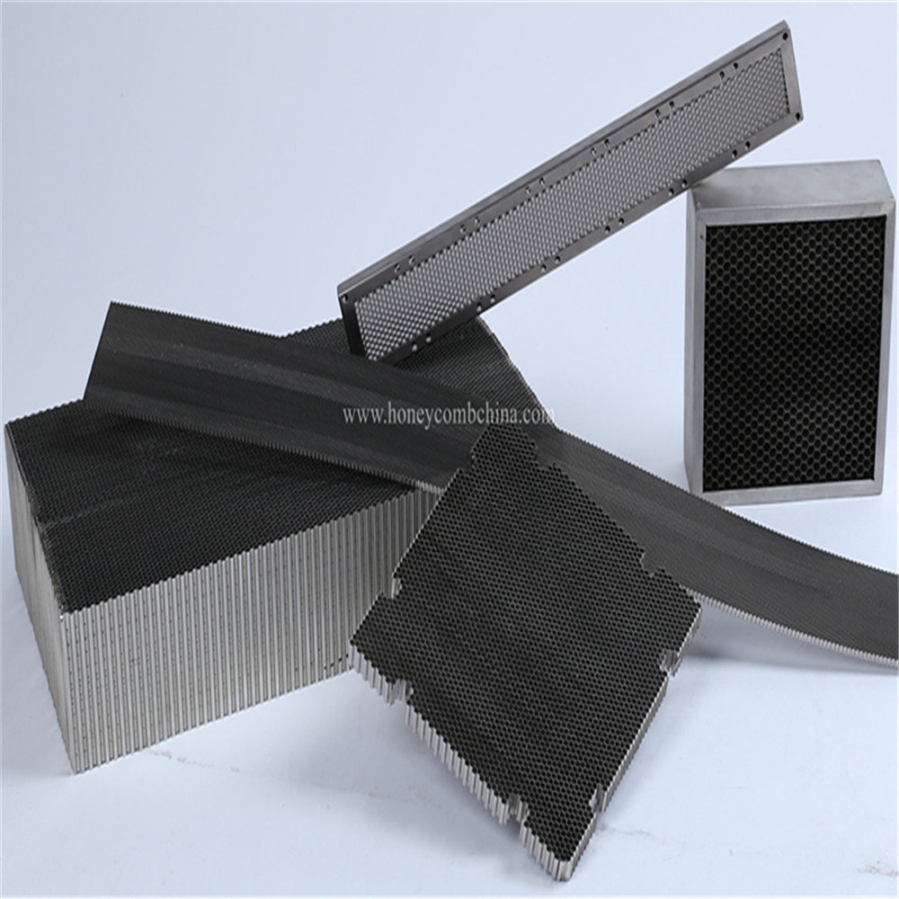 Aluminium Honeycomb Plate with Steel Frame for Air Fliter (HR113)