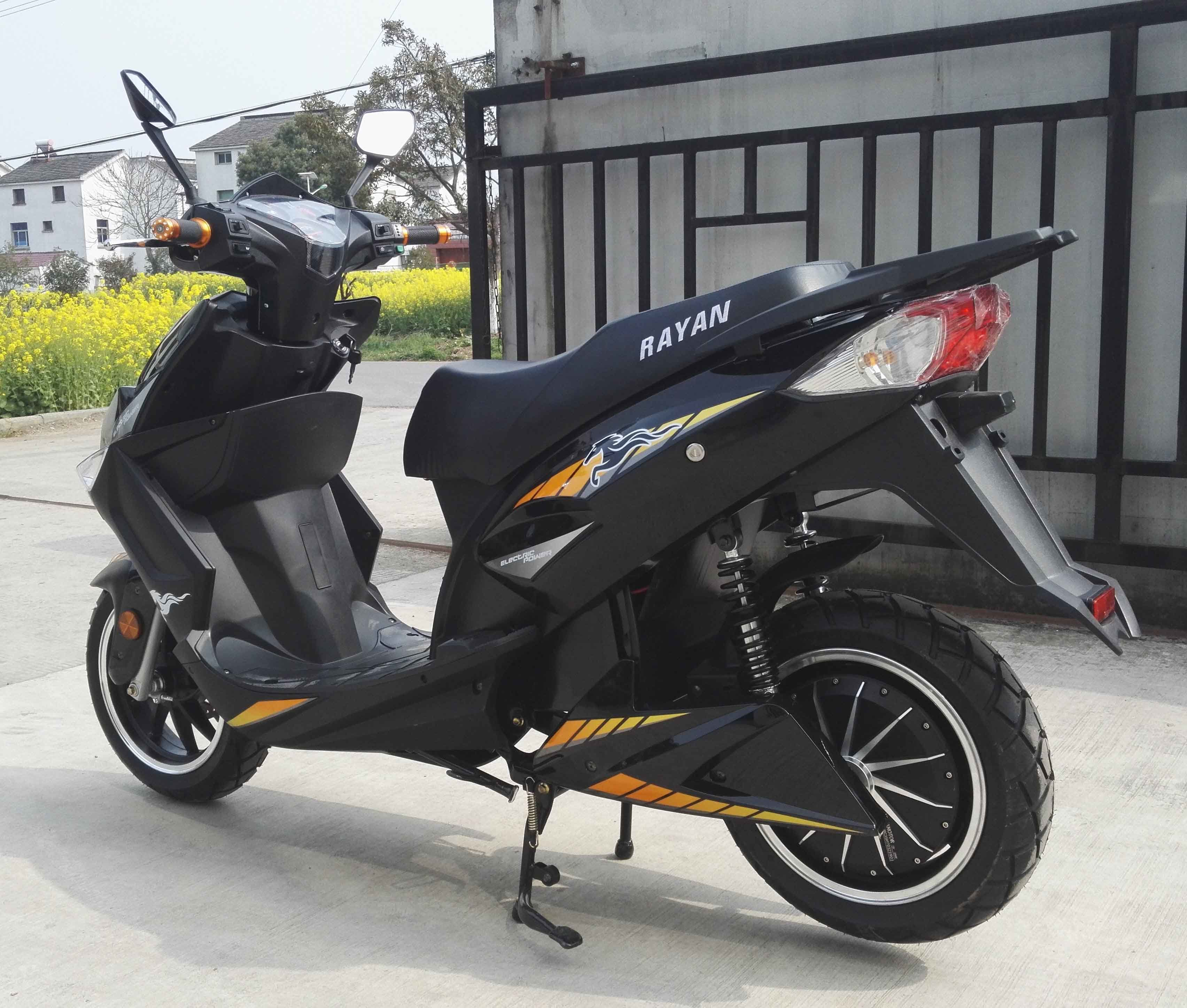 2017 Hot Sales 1000W/1500W/2000W 72V20ah Lead Acid/ Lithium Battery Electric Motorcycle