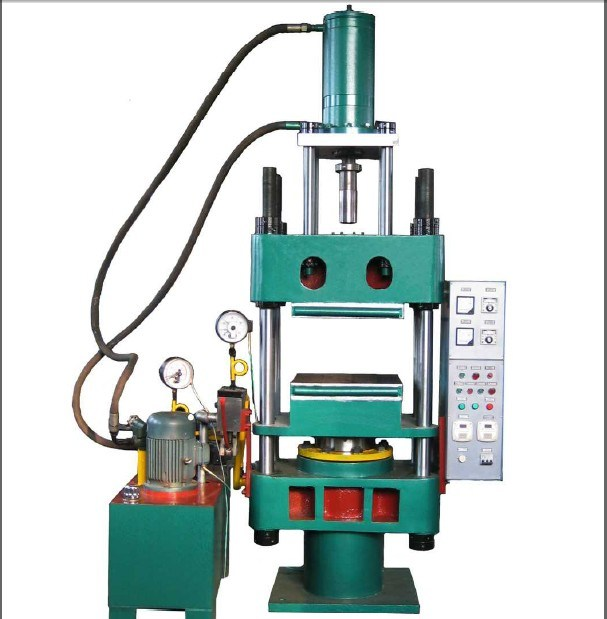 manual injection molding machine