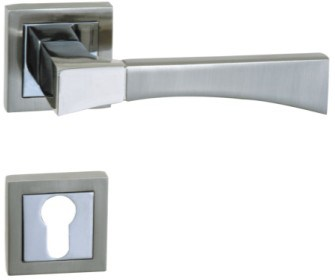 Zinc Alloy Door Handle Lock (502q-976)