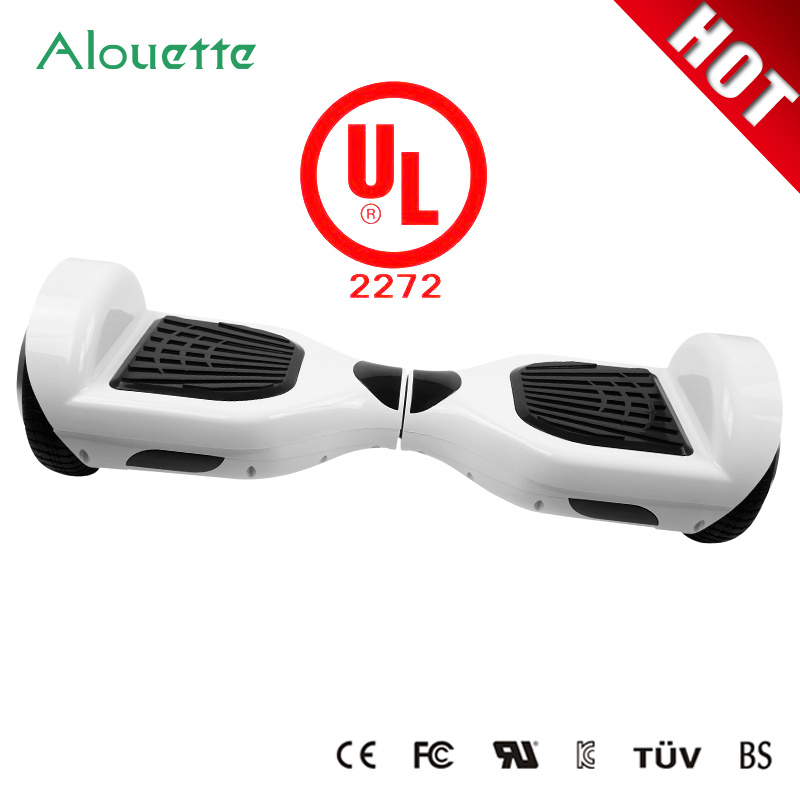 UL2272! ! 2016 6.5 Inch Hover Board Two Wheels Self Balancing Wheel Scooter Ce/RoHS/FCC