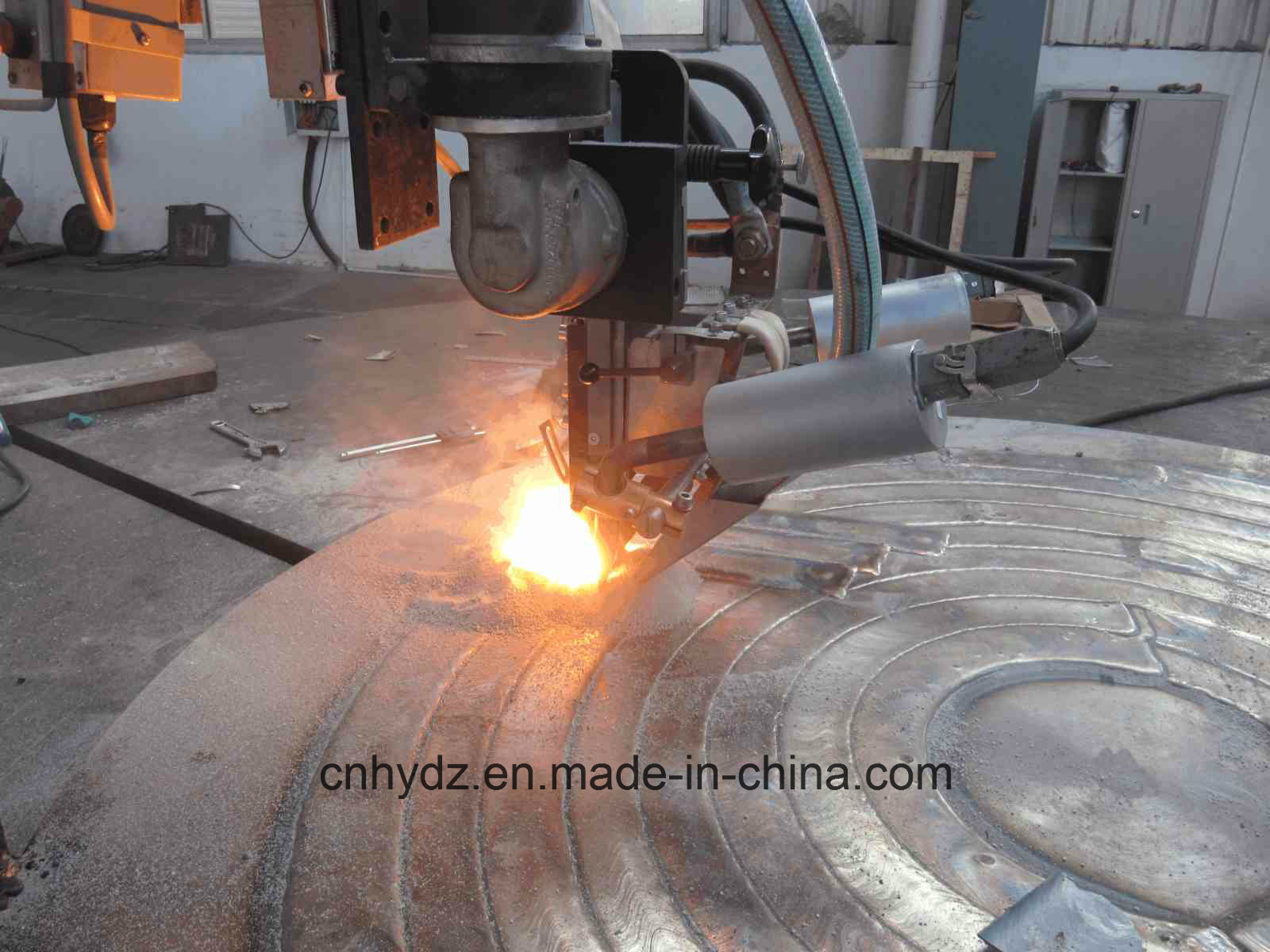 Hot Forged Cylinder with Overlay