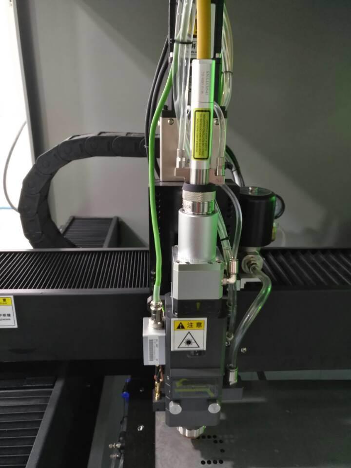 Automatic CNC CO2 Glass Plastic Fiber Laser Cutting Machine