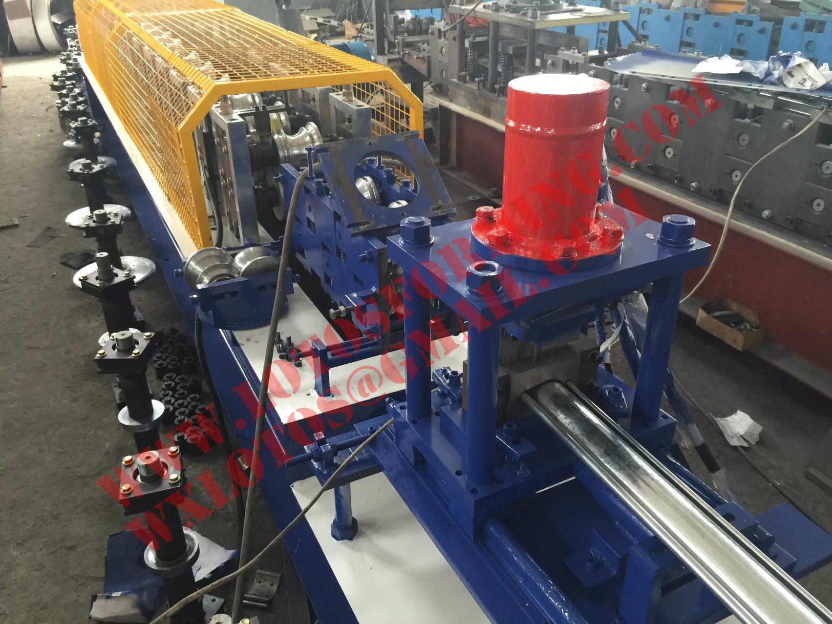 New Design 2 in 1 Single Layer Door Shutter Roll Forming Machine Lts-76