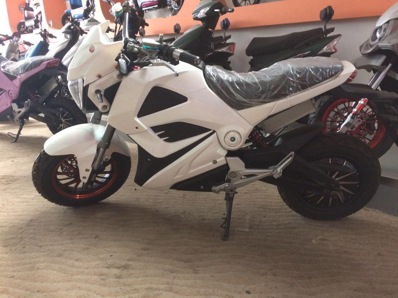 Electric Motorcycles EEC Scooters 800W-2000W 60km/H (HD1000W-MK)