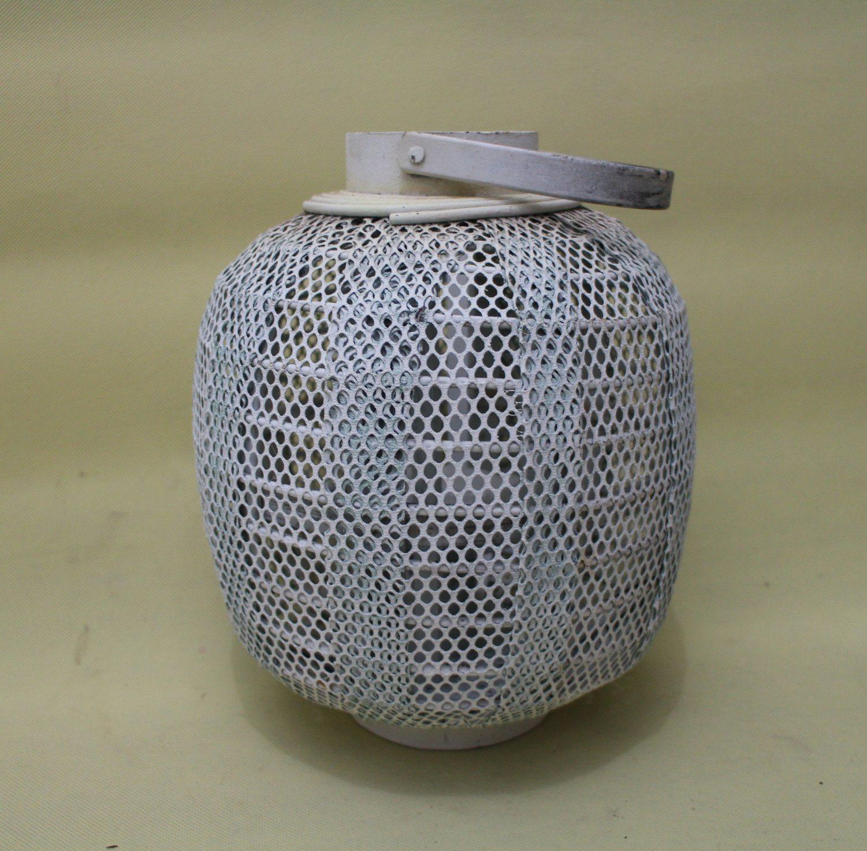 Exquisite Small Honeycomb Columnar White Kerosene Lantern