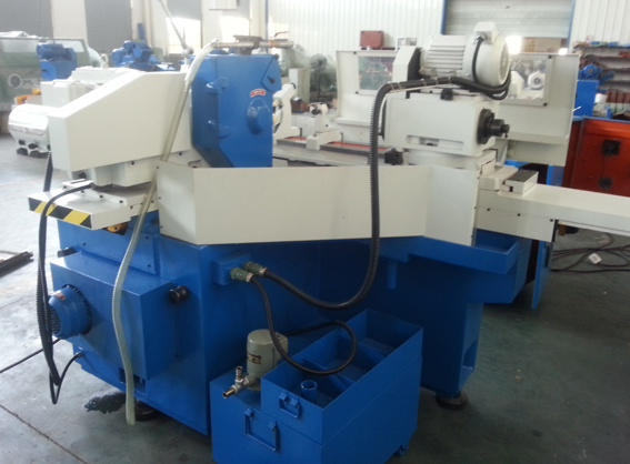 Universal Cylindrical Grinder with High Quality (M1420)