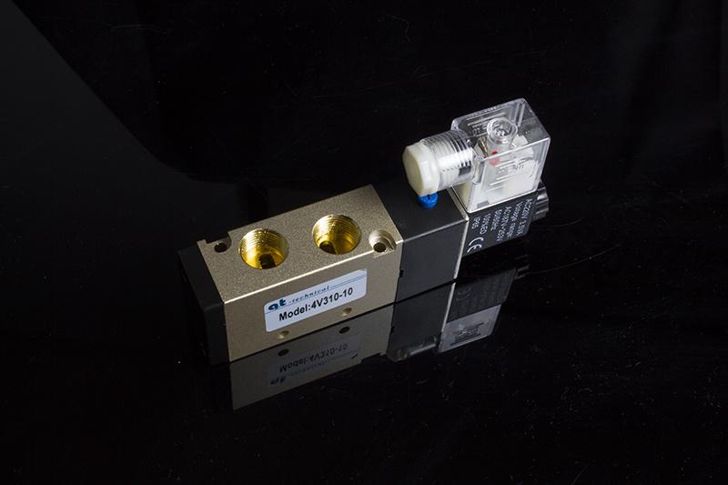 Pneumatic 4V300 Series Electromagnetic Valve 4V310-10