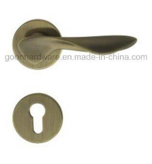 High Quality Zinc Alloy Door Handle on Rose - 239
