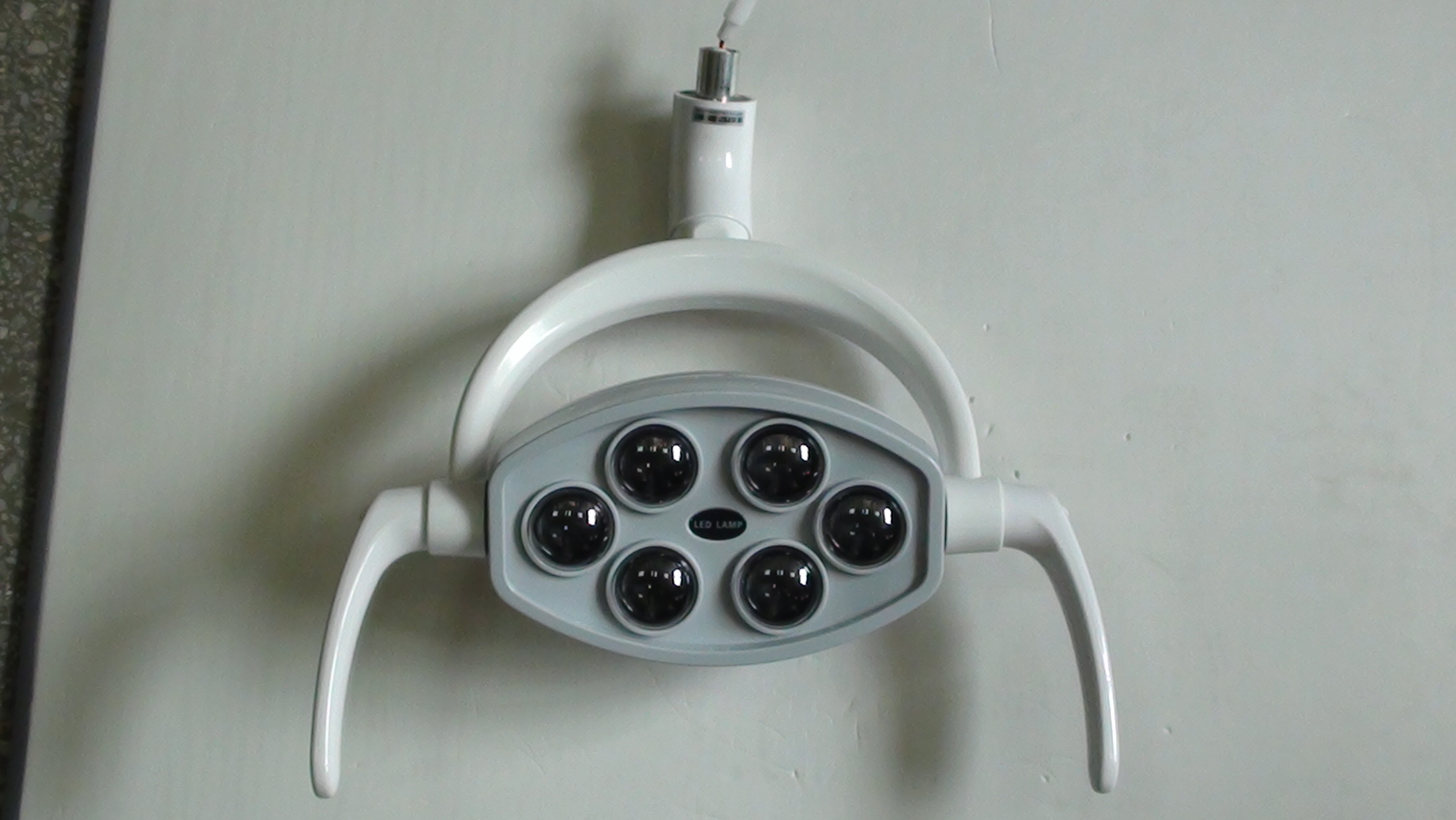 Dental LED Oral Light Induction Lamp for Dental Unit with Arm