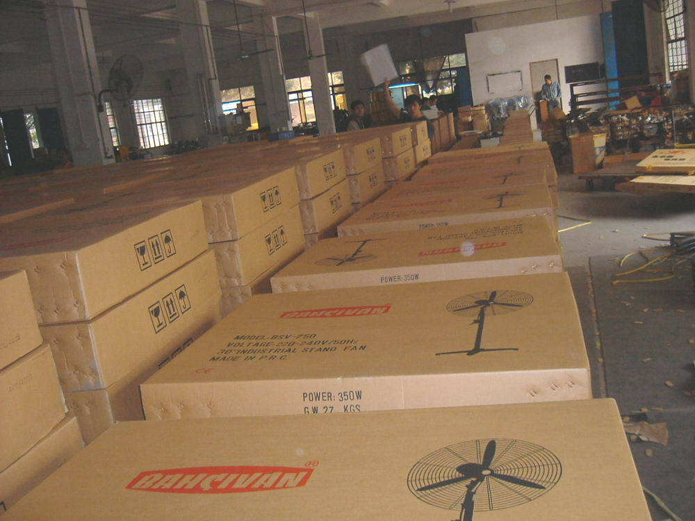 Industrial Wall Fan/Mounted Fan with Ce/GS/RoHS/SAA Approvals