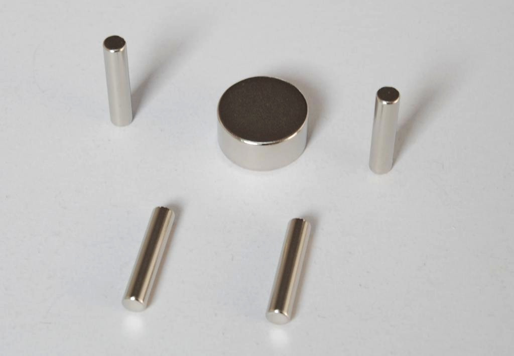 High Performance Sintered Rod Permanent Neodymium Magnets