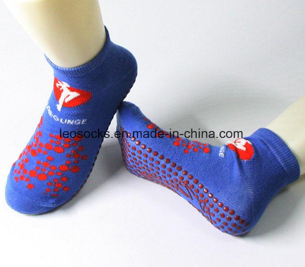 Customized Cotton Anti Slip Trampoline Sports Jumping Socks