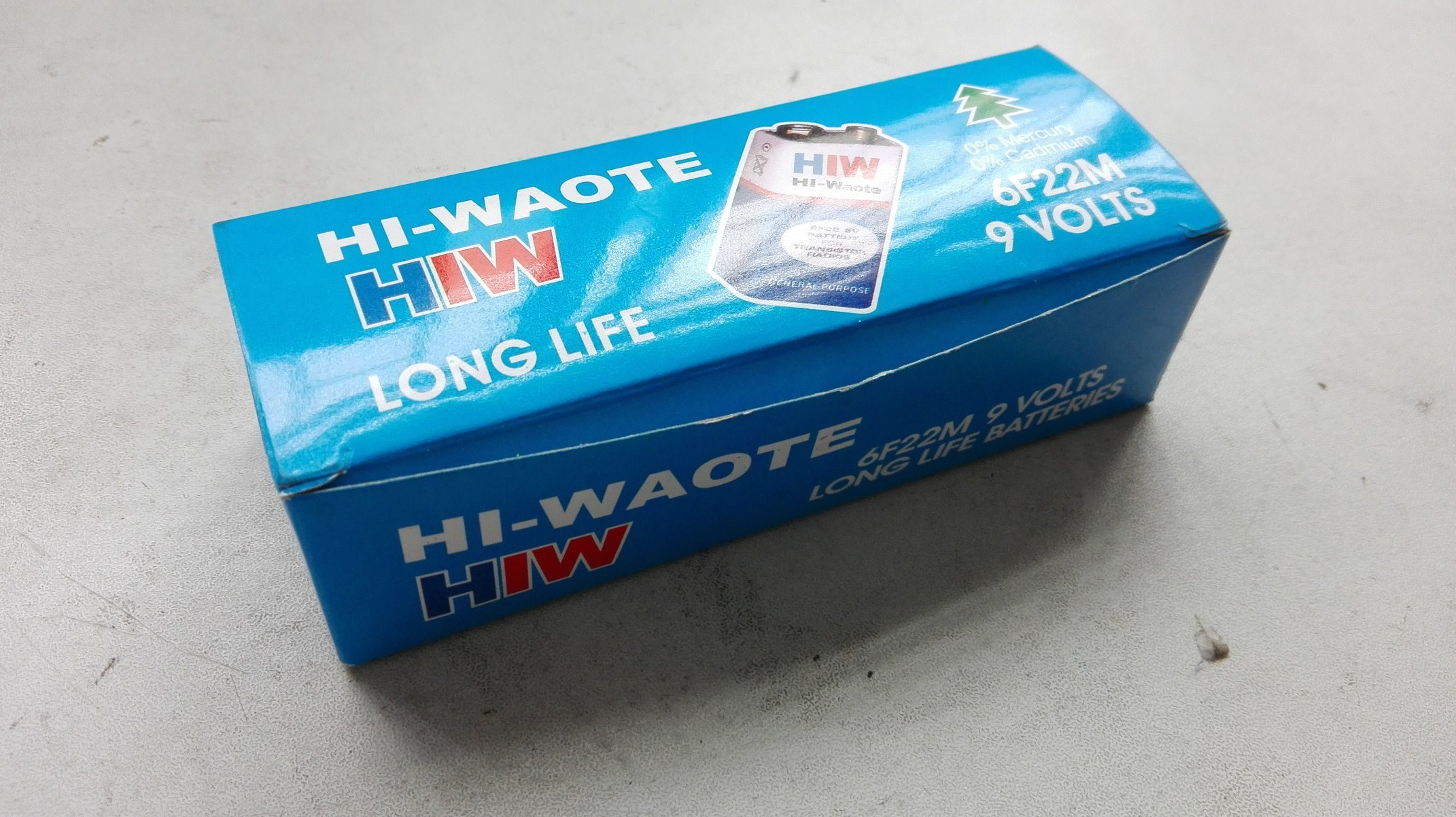 Hiw 6f22 Size 9V Carbon Zinc Dry Battery