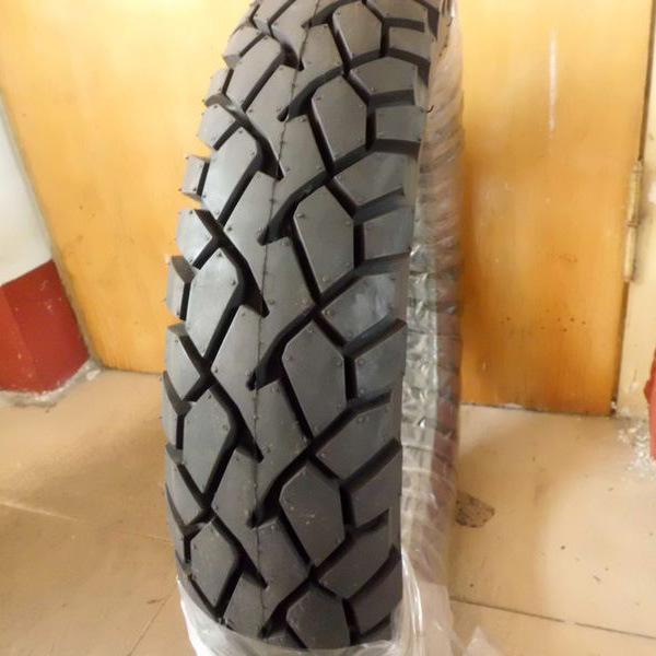 110/90-16 Tubeless Motorcycle Tyre