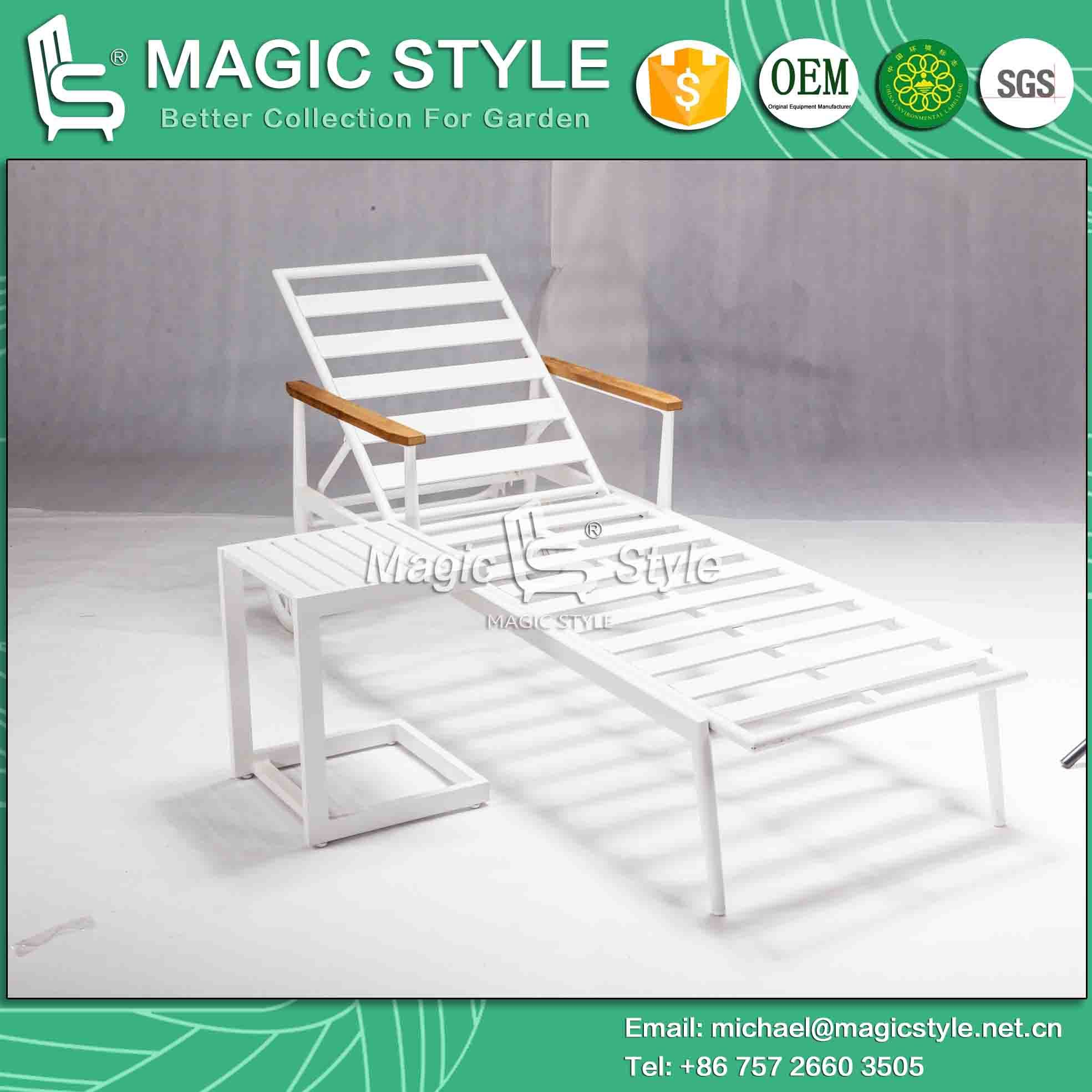 White Color Outdoor Aluminum Side Table