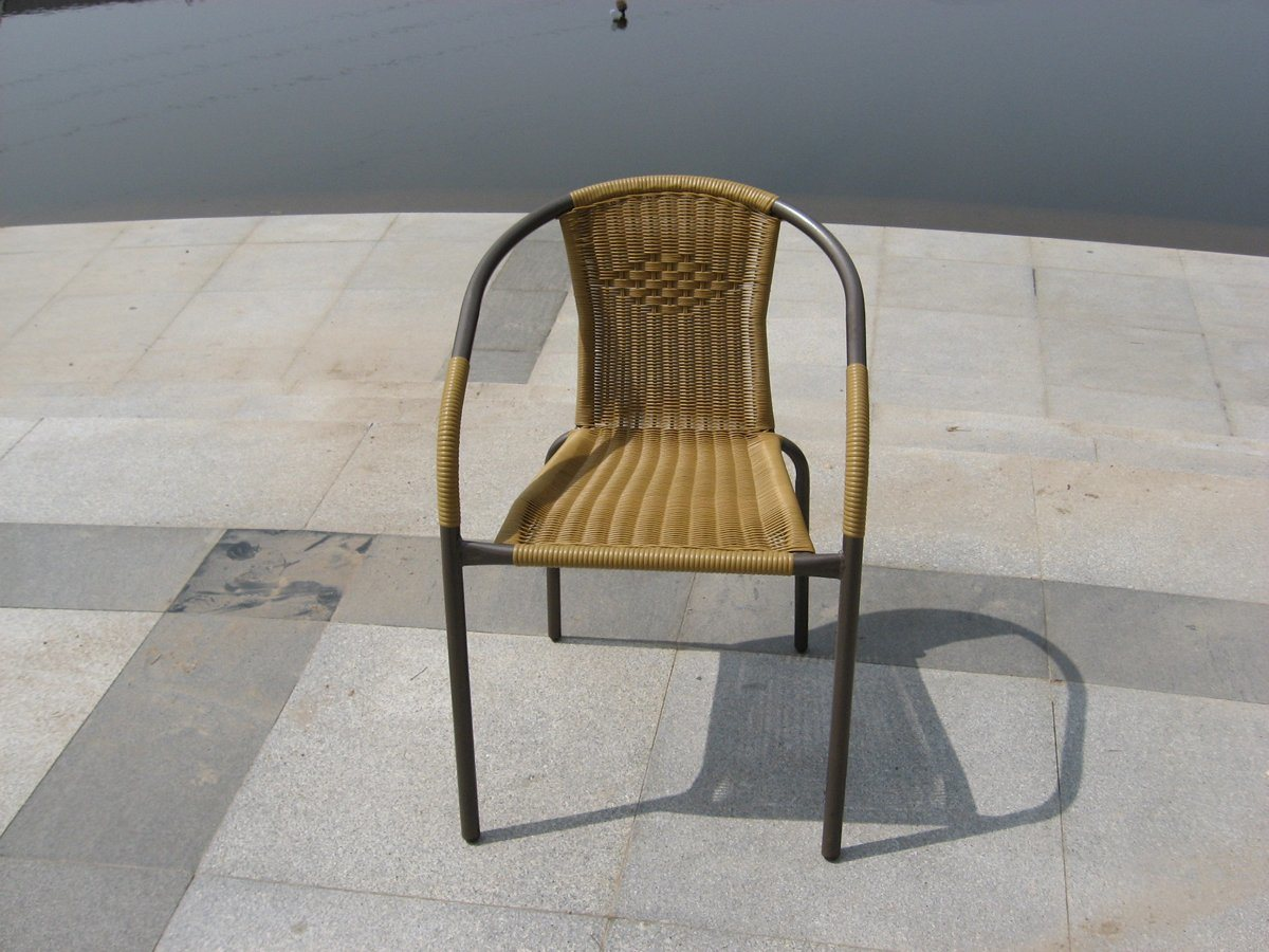 Metal Outdoor Rattan Table and Chair