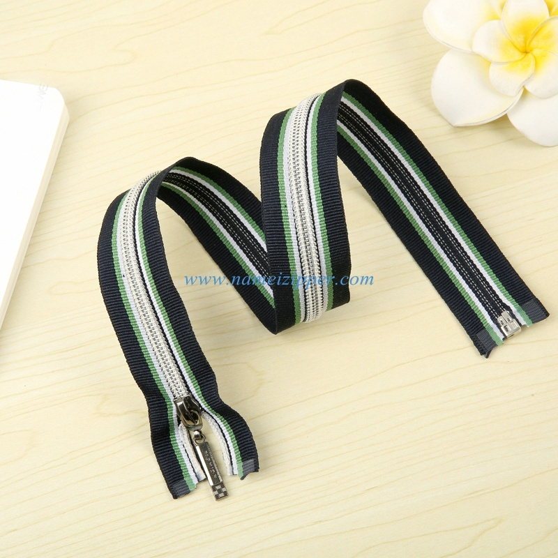No. 5 Nylon Zipper O/E a/L with Colored Zipper Tape