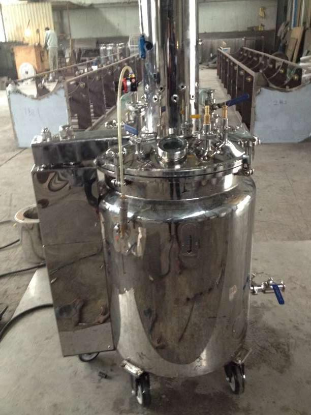 Electrical, Hydraulic, Temperature-Controlled and Horizontal Gelatin Feeding Barrel