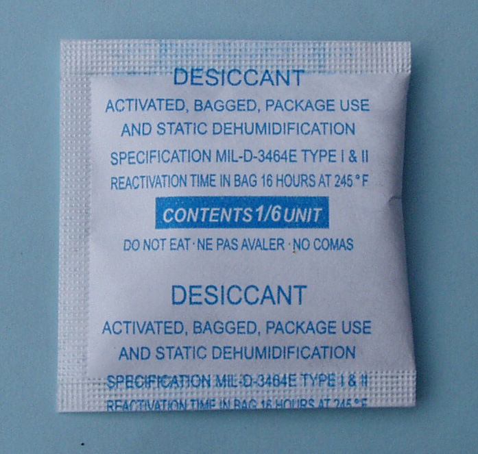 1/6 Unit Clay Desiccant in Tyvek Bag (MIL-D3464E)