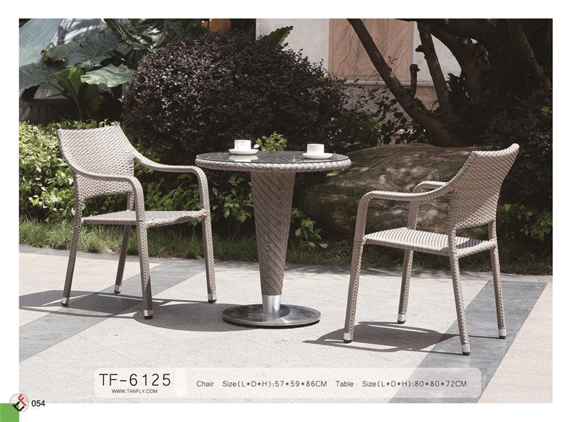 Outdoor Synthetic Rattan Party Chairs and Table for Sale