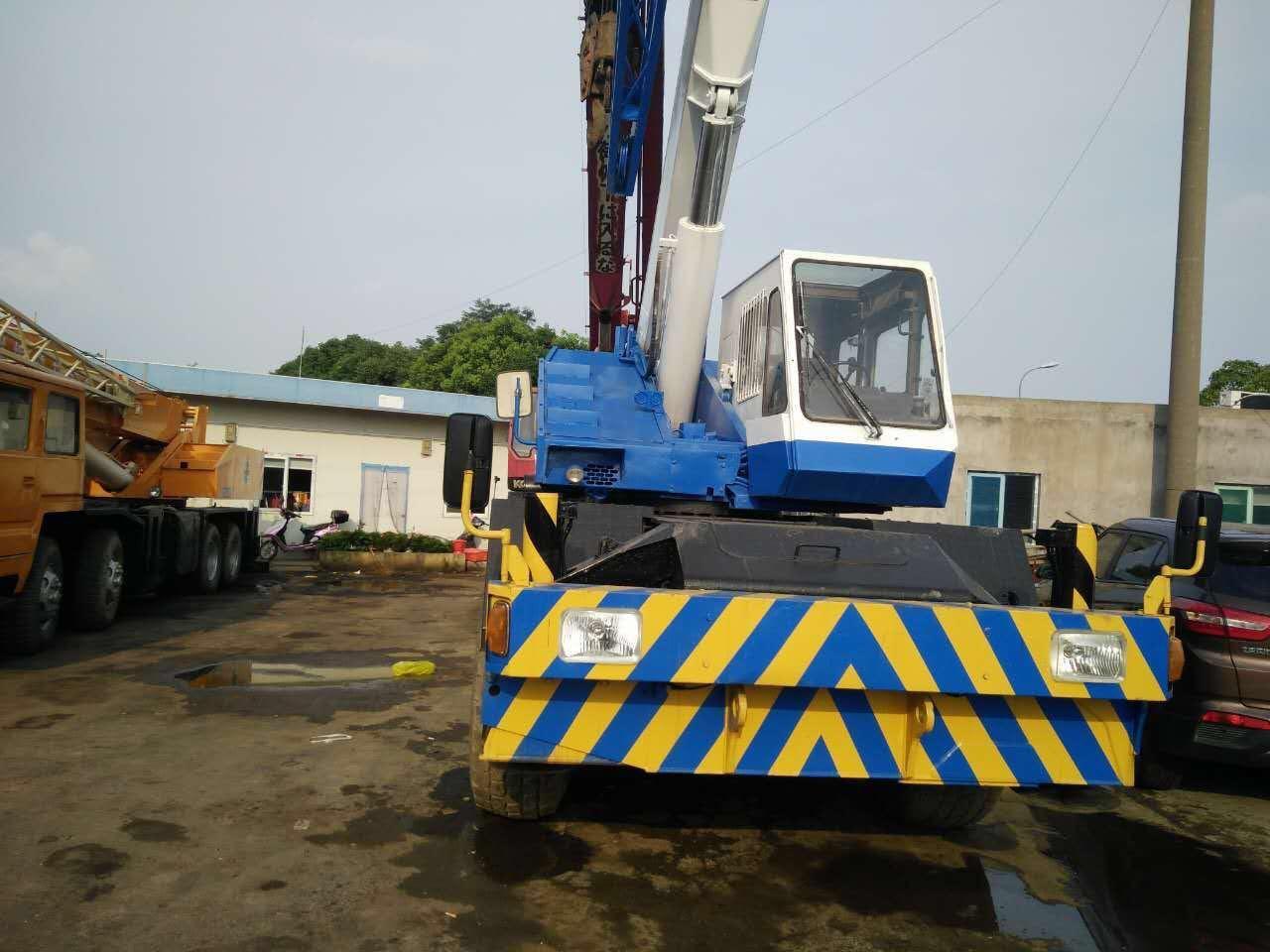 Used Tadano Truck Crane Tadano 25t Crane Tadano Tl250e for Sale