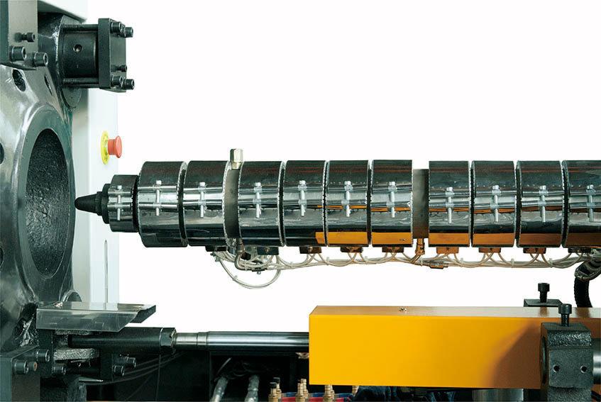 Servo Energy Saving Plastic Injection Machine (100Ton)