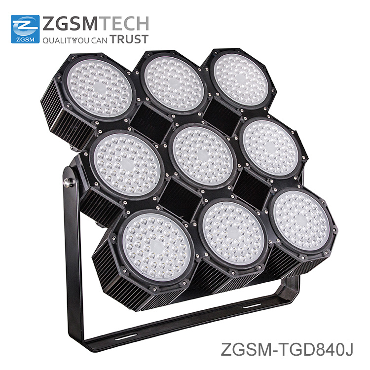 2016 New 840 Super Bright Football LED Flood Light with Ce RoHS