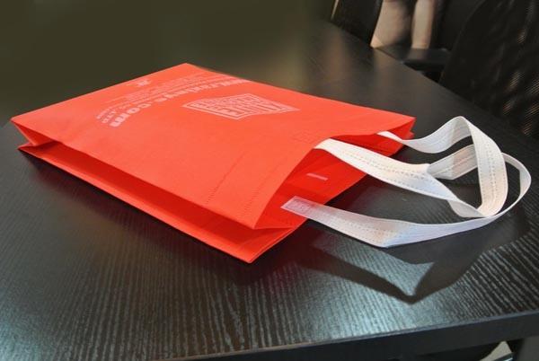 Non Woven Fabrics Handle Attachment Making Machine