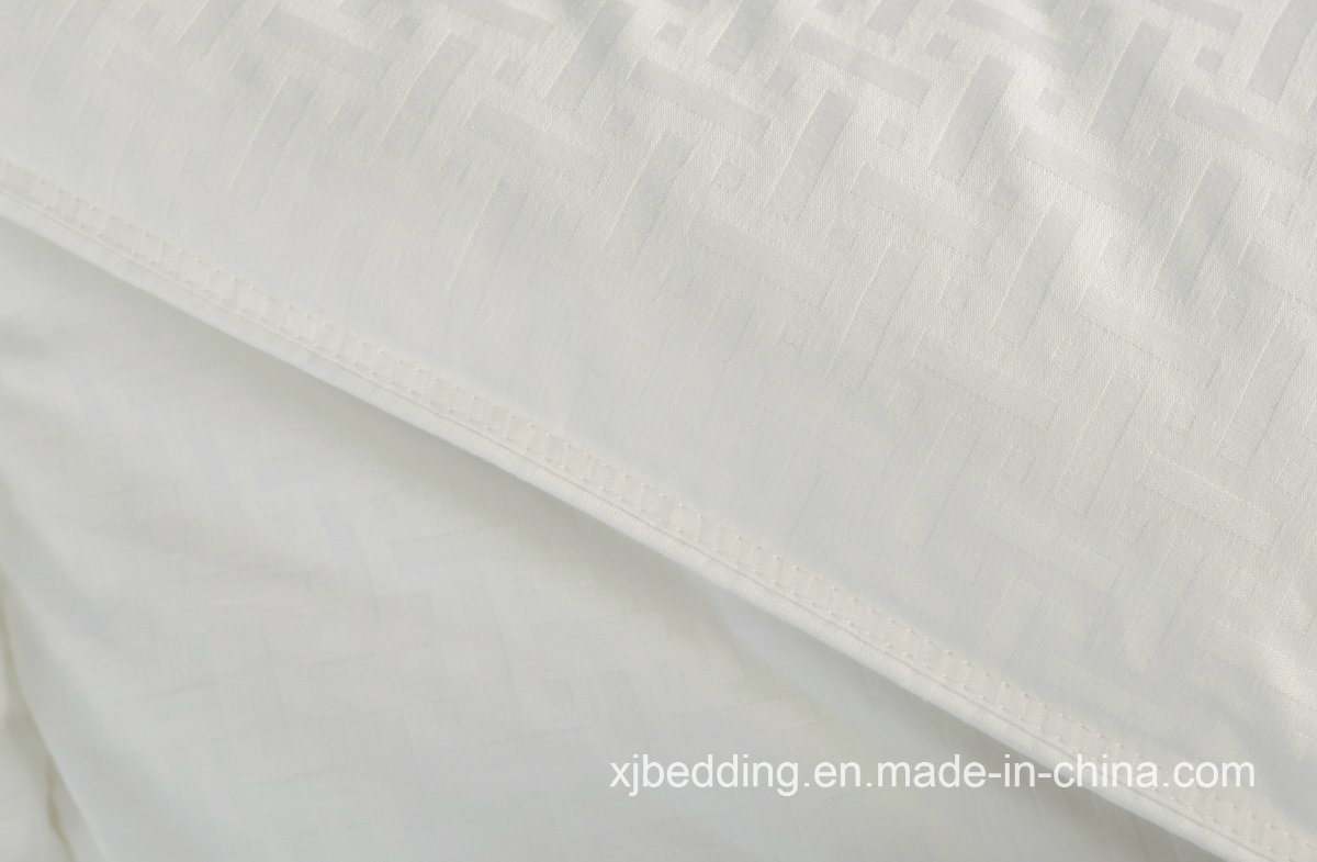 Pure Cotton Jacquard Down Alternative Quilt