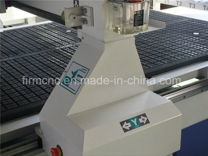 Board Wood MDF HDF CNC Atc CNC Router Machine