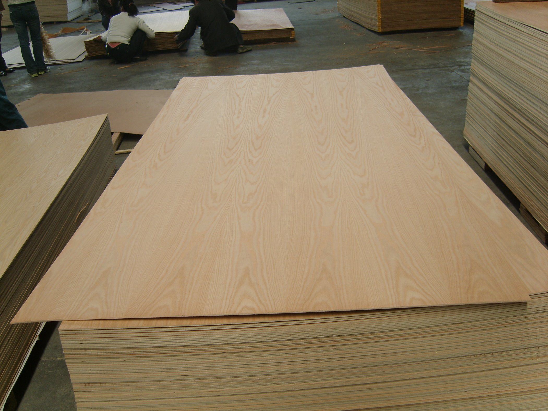 P/S American Red Oak Plywood