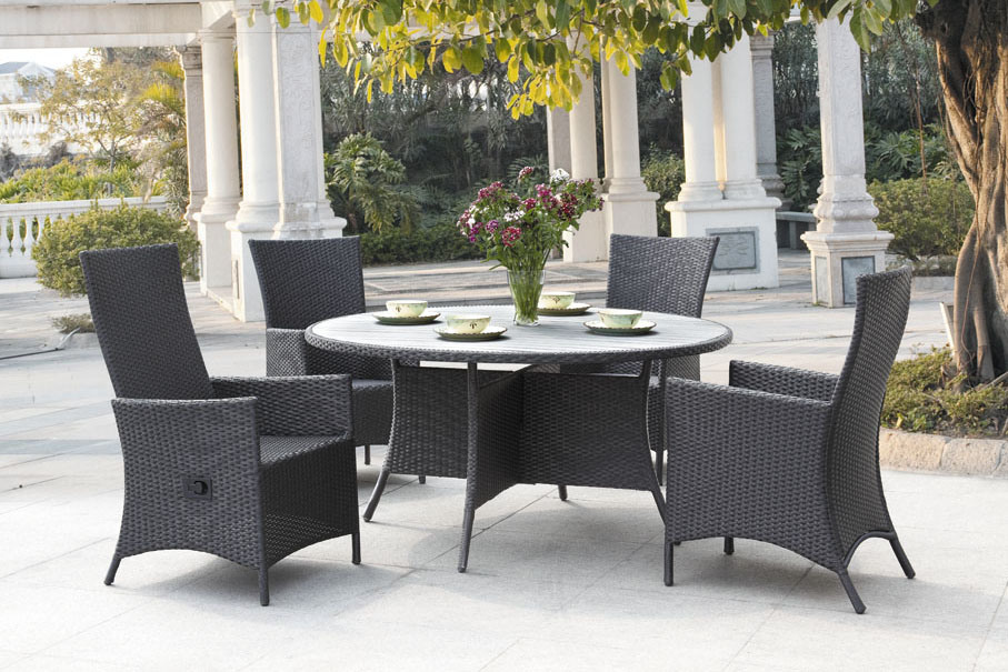 Outdoor dining furniture 542 rattan outdoor dining chair table sets