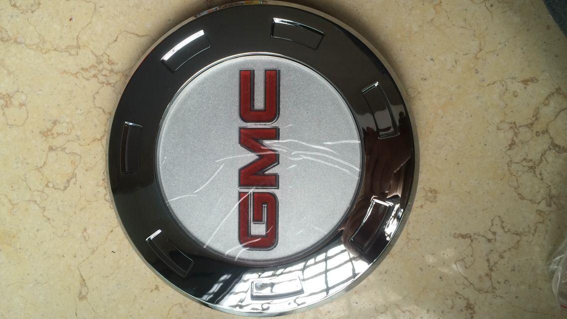Cadillac Wheel Cap with Gmc Logo