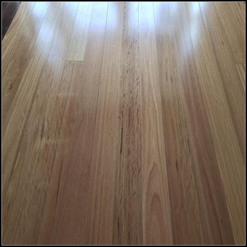 Household/Commercial Engineered Blackbutt Timber Flooring/Hardwood Flooring (85/92/122/130mm)