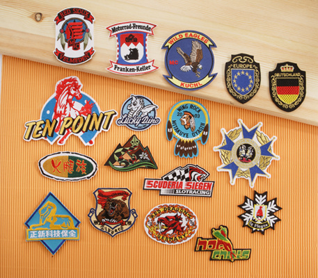 A01 Embroidered Badges with Cutting Border
