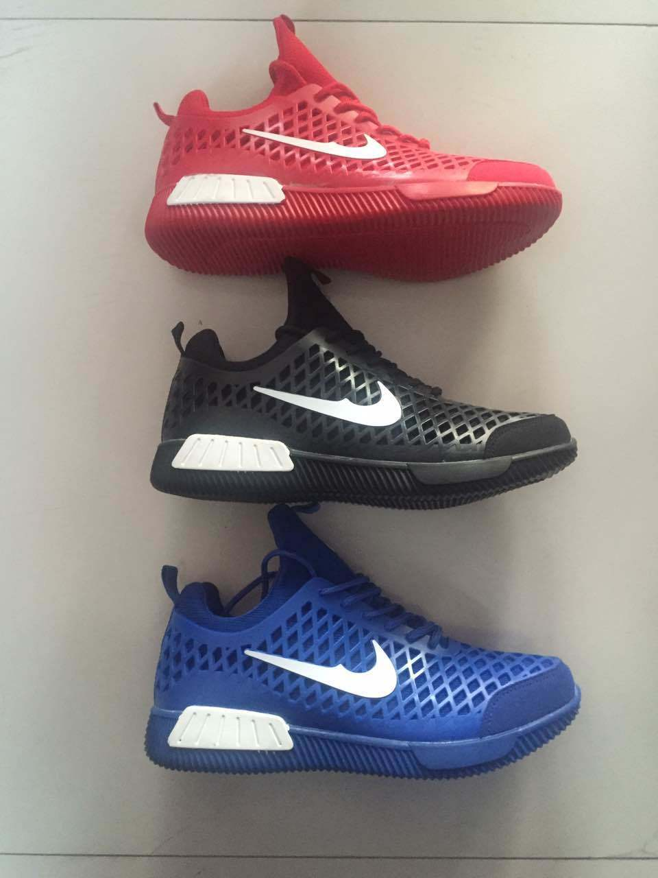 Men′s Sports Shoes Athletic Sneaker Running Shoes (FF1119-1)