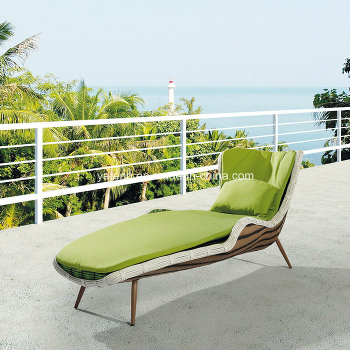 New Design Garden Rattan Outdoor Furniture Sun Lounger Chaise Lounge