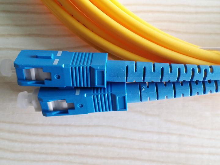 Singlemode Duplex Fiber Optic Patch Cable with Sc-Sc / LC-LC Connectors